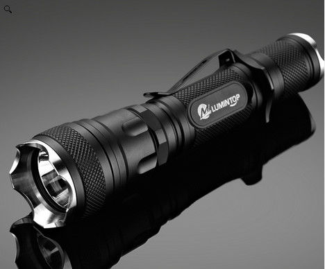 Gun Mount Hunting LED Flashlight 1.5 Meters Imact Resistance 127g Weight